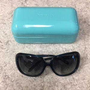 Accessories - Tiffany & Co sunglasses